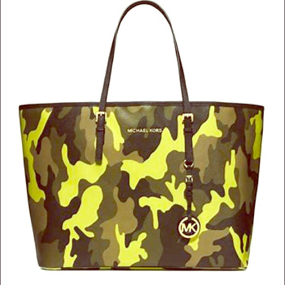 7313249fac51 Michael Kors $385 Camouflage Camo Jet Set Tote. M_5b0826f6739d4819f67a3a57